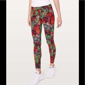 "🌺Lululemon floral speed up leggings 21"""